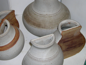 Ek Bowley ceramics
